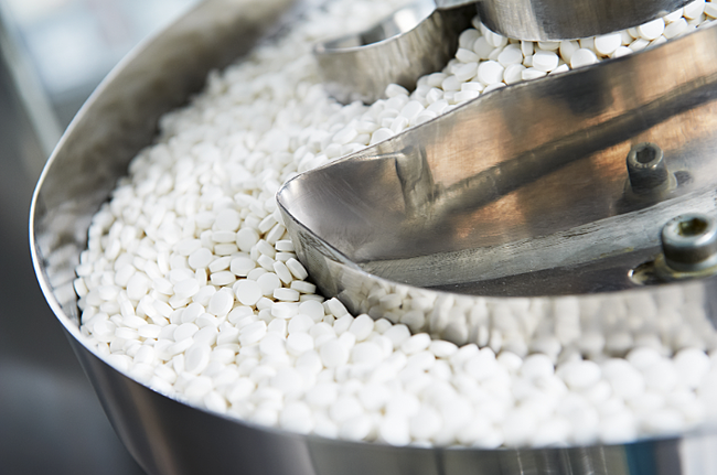 How to size particles efficiently for dry granulation